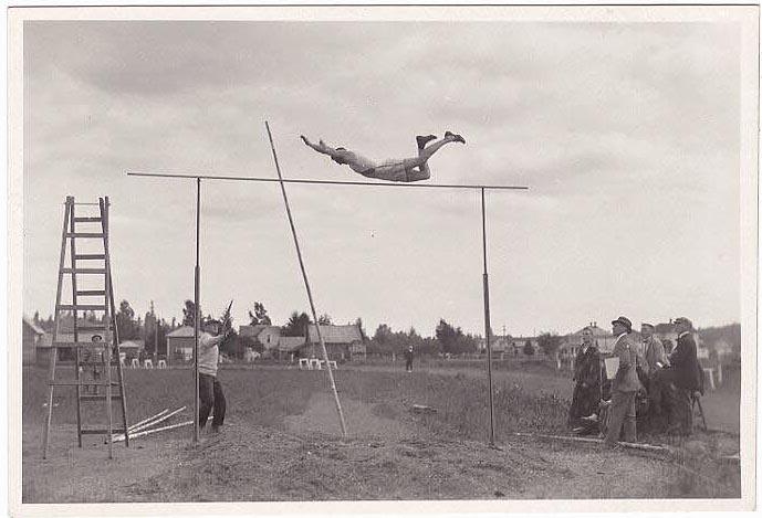 PoleVaultPower.com • View topic - History Of Pole Vaulting